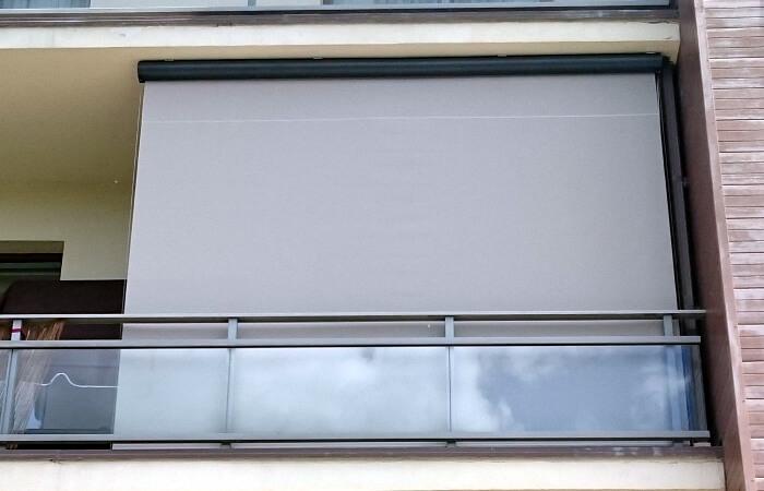 fasādes/ āra rullo žalūzija balkonam