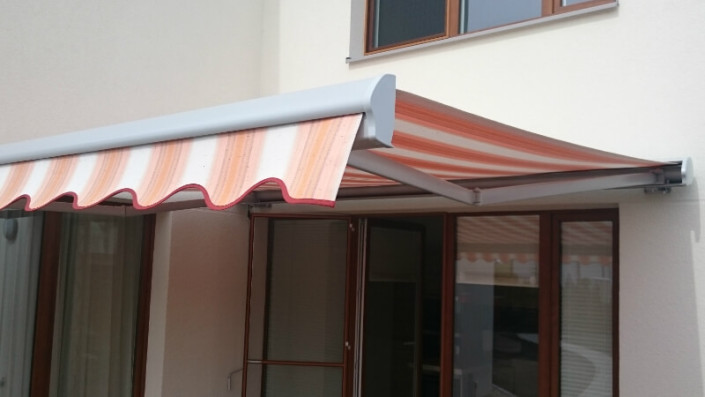 Project - awning with manual control