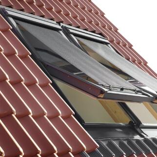 Velux jumta logu āra žalūzija-saulessargs