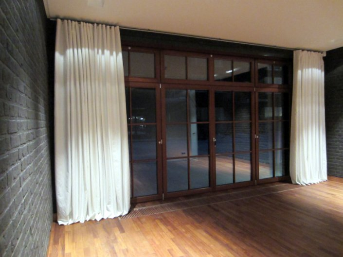 Gypsum factory - roman curtains, wooden and motorized aluminum blinds