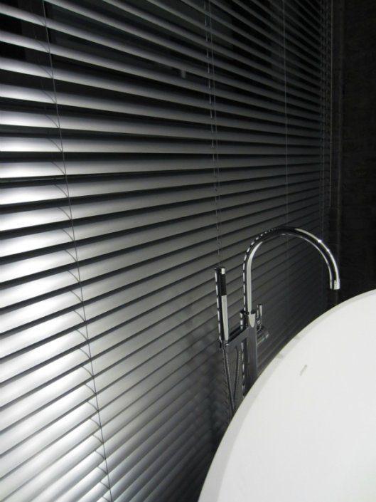 """""""Гипсовая Фабрика"""" - римские шторы, деревянные и моторизованные алюминиевые жалюзи"""